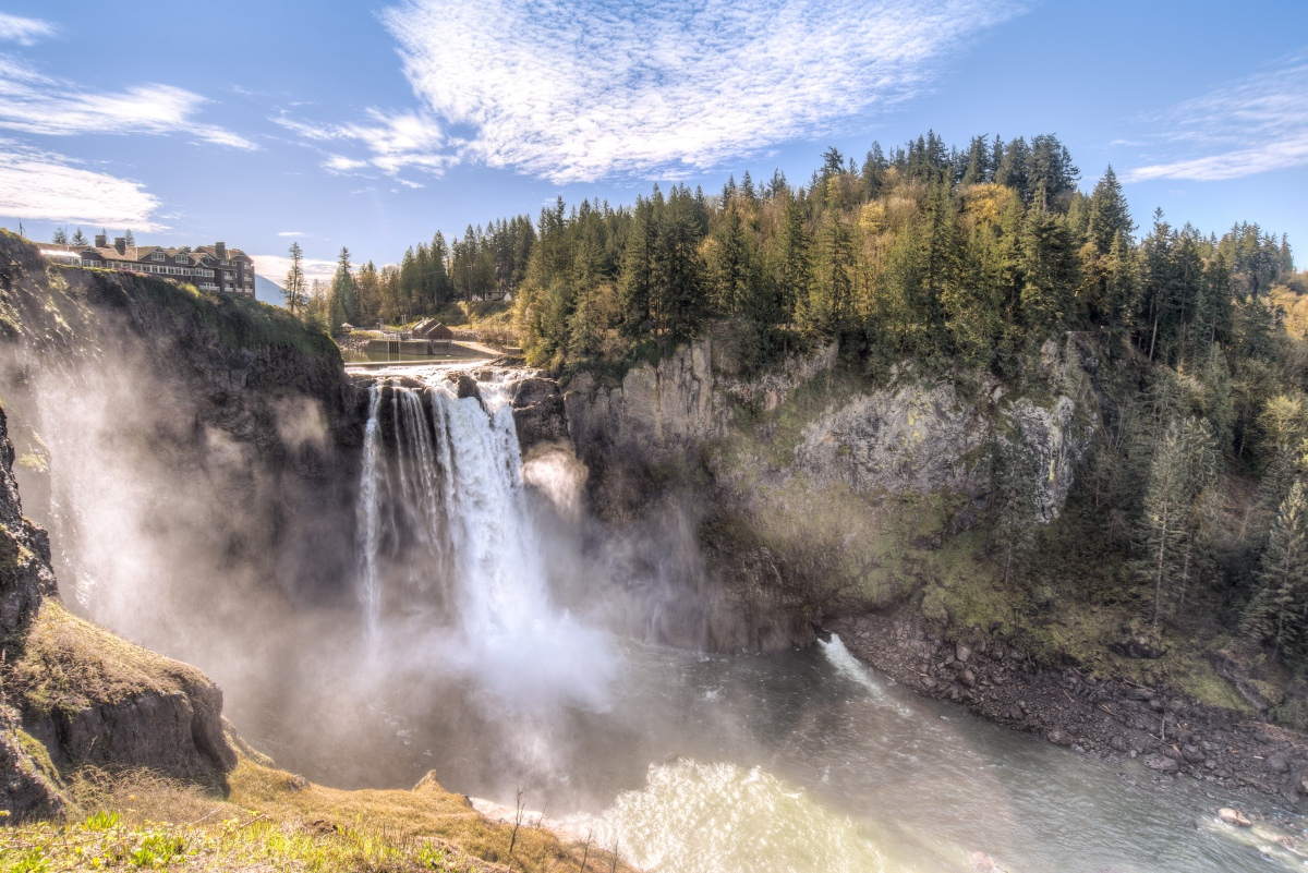 Snoqualmie Falls: An Introduction